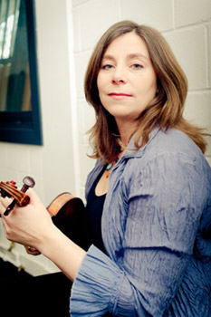 Lucy Gould - Violin / Artistic Director
